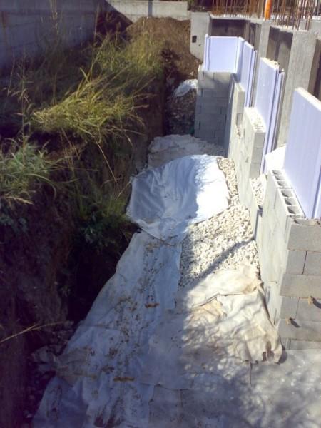 12-drenaggio-muri-esterni-1.jpg