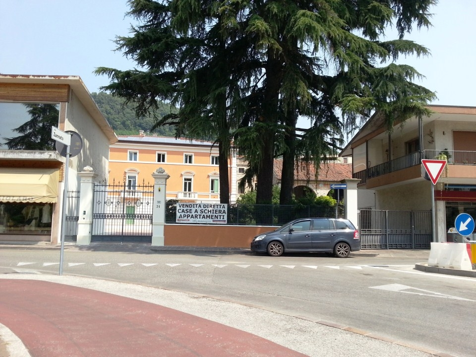ingresso-via-lorenzoni.jpg