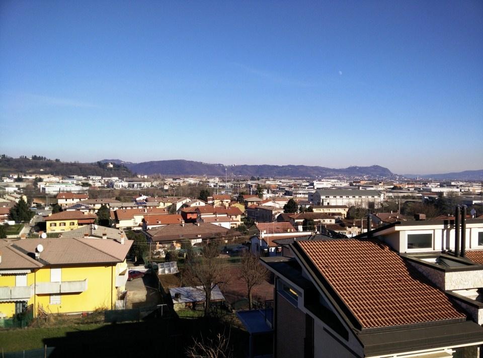 vista-dalla-terrazza.jpg